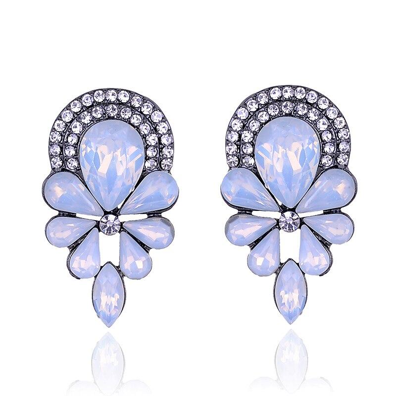 11.11 Beautiful Women Rhinestone Stud Earrings Fashion Jewelry for Christmas Party Acrylic Crystal Flower Stone Piercing Earring