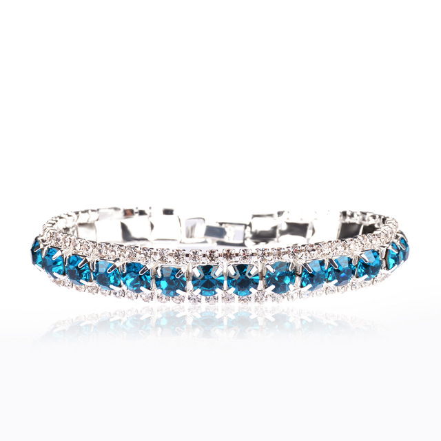 Женский браслет с фианитами серебряный кристаллами ювелирное