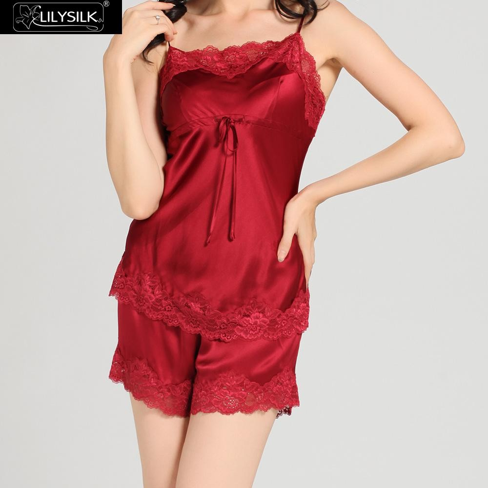 1000-claret-22-momme-short-lacey-silk-camisole-&-dressing-gown-set-01