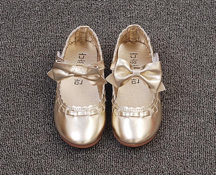 2017 New Buckel Straps Girls Shoes Brand Design Kids Leather Shoes Children  Ballet Flats Girl Princess ShoesUSD 12.99-13.50 pair 1a07c2c346e1