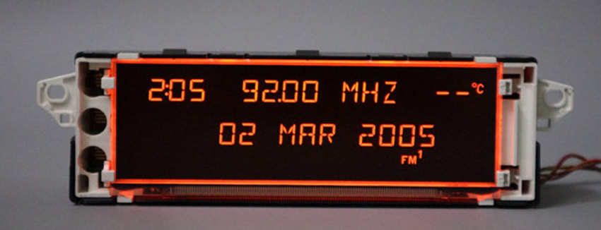 Monitor de tela de Exibição suporte aux vermelho 12 pin para Peugeot 307 (Alguns modelos) 408 (Alguns modelos) citroen tela C4 (Alguns modelos)