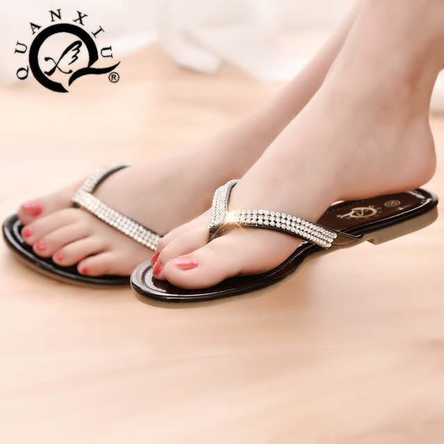 d1647dc51 New Arrivel 2016 Fashion Women s Rhinestone Flat Sandals Sexy Ladies Summer  Crystal Flip Flops Slippers Female Beach Shoes