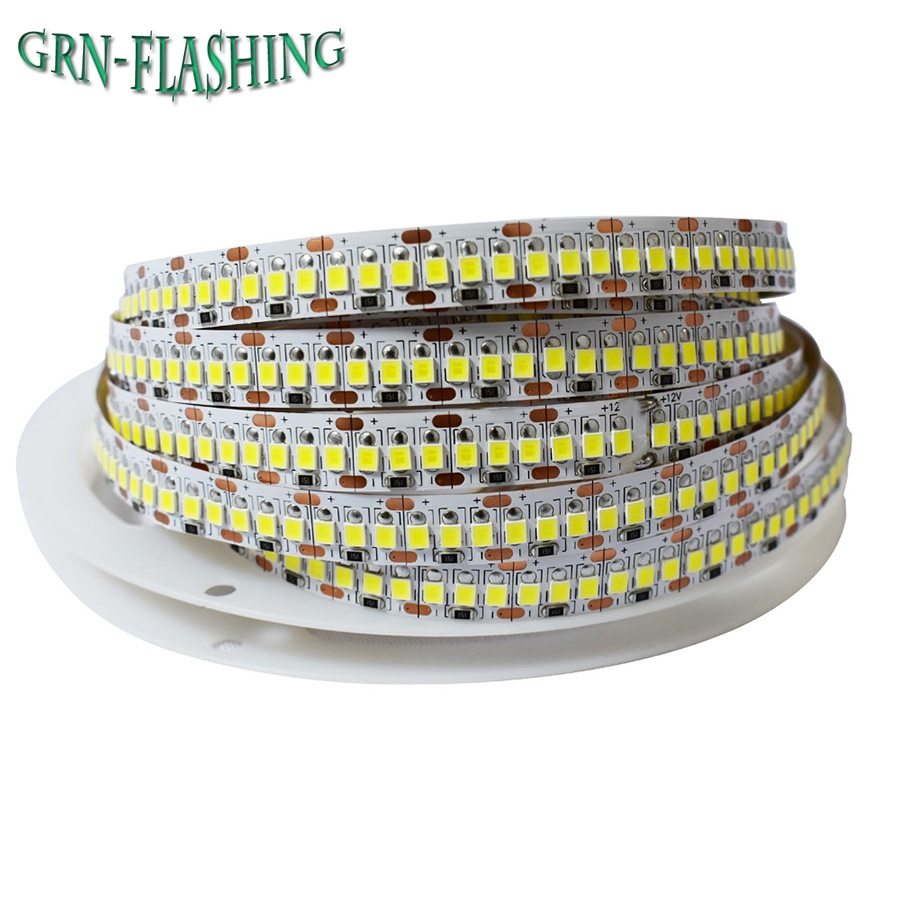 Hög ljusstyrka 1M 2M 3M 4M 5M LED Strip 2835 240 LED / m DC12V Flexibel LED Ljus Varm Vit / Vit