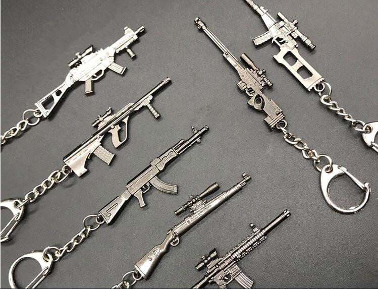 Game PUBG Playerunknown's Battlegrounds Weapons Gun Model Keychain Mini  Action Toy Keyring Holder For Souvenir Cosplay Props