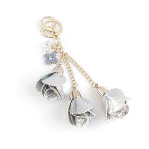 Image 5 - Dhlfree 100pcs 18 색 매력 가죽 장미 꽃 열쇠 고리 술 꽃 열쇠 고리 여성 열쇠 고리 가방 지갑 펜던트 쥬얼리