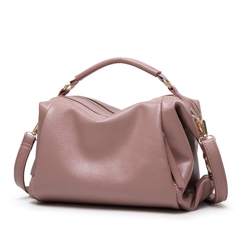 2018 new winter Handbag Shoulder Handbag Satchel OL Commuter Bag fashion leisure pillow bag