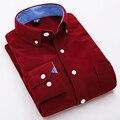 2017 de los hombres de pana camisas vintage clothing británica de la raya del color puro ocio de los hombres de manga larga camisa de los hombres para el otoño invierno