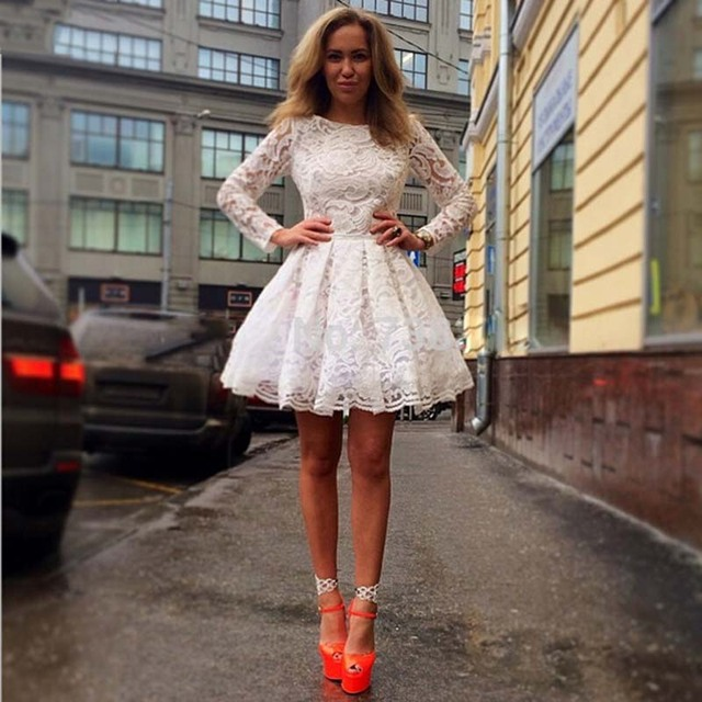 0271a25ddb0 Lace White Ivory A-Line Scoop Long Sleeves 2017 Charming Homecoming Dresses  Short Mini Cocktail Dress Vestido De Party Gown