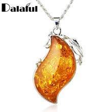 Chic Leaves Baltic Simulated Imitation Honey Pendant Necklace Women's Fashion Jewelry L00601