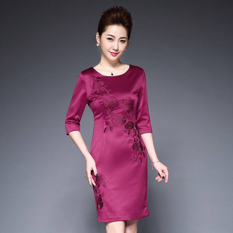 2017 new spring mother dress and high quality cotton embroidery elegant sleeve bodycon dress with plus
