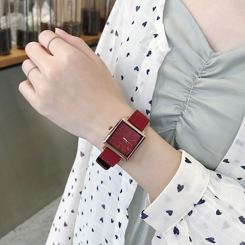 Elegant Ladies Wrist Watches 2019 Luxury Brand Women Fashion Red Watch Classic Retro Square Female Quartz Leather Dress Clock
