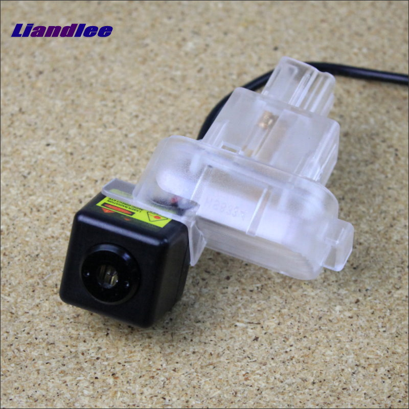 Liandlee Car Tracing Cauda Laser Light For Mazda 3 Mazda3 M3 Axela Hatchaback 2013~2015 Special Anti Fog Lamps Rear Lights speed test counting module for smart tracing car yellow