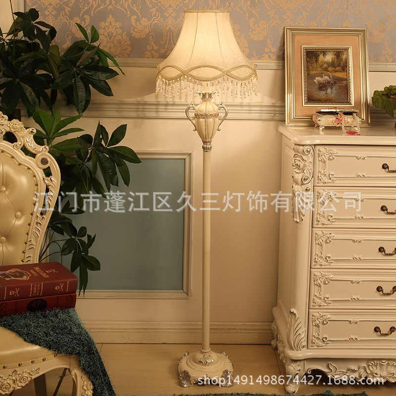 אירופאי סגנון לבן שולחן מנורות עבור בר מלון תחרה ארמון סגנון אהיל מנורת שולחן גביע צורת שולחן מנורות 220 v e27 הנורה