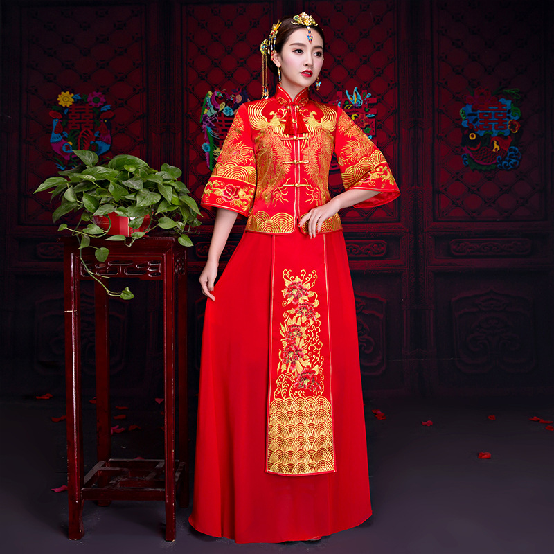 Wedding Gown Fashion Show: Chinese Red Clothing Show Autumn Bride Wedding Gown Dress