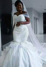Elegancka satynowa suknia ślubna w stylu Vintage syrenka 2020 z długim owinięciem czysta biała koronka haft afrykańska suknia ślubna syrenka W0216