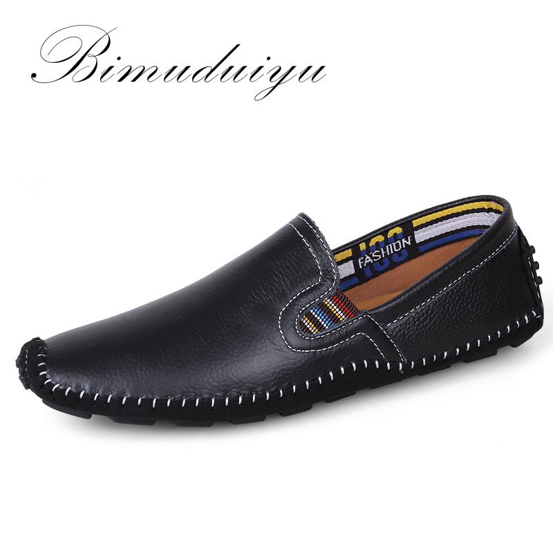 Mocasines de cuero genuino BIMUDUIYU Resbalón transpirable cómodo en los zapatos del barco Mocasines para hombre de alta calidad Pisos transpirables Zapatos casuales