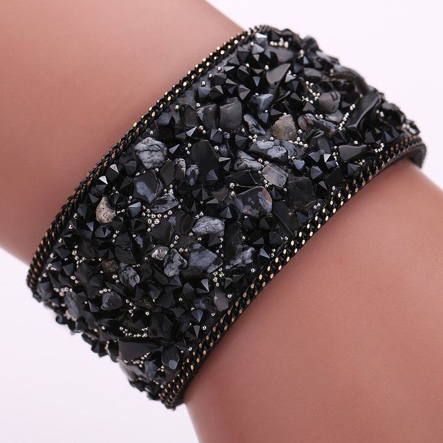 Exquisite  Gravel stone bracelet  22cm Handmade Gravel Stone Crystal Wristband Leather Bracelet Jewelry Gift