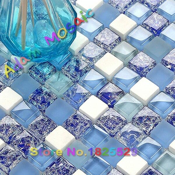 Cuisine bleu blanc carreaux de mosaïque en verre dépoli ...