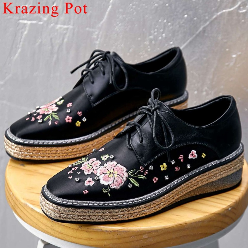 2019 pretty girls natural leather satin wedges med bottom platform colorful beauty embroidery pumps square toe leisure shoes L162019 pretty girls natural leather satin wedges med bottom platform colorful beauty embroidery pumps square toe leisure shoes L16