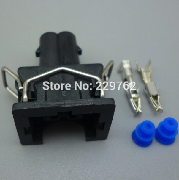 US $12 26 27% OFF| shhworldsea 2 Pin Female Wire Harness Connector EV1 car  Fuel Injector Nozzle Waterproof Connector plug 829441 1 037 906 240-in