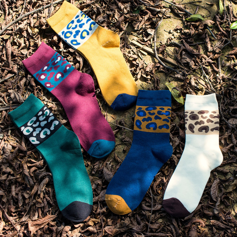 2016 New Autumn Winter Cotton Mens Socks Leopard Fashion Style Novelty personality Young Men Socks 5 Colors Can Choose