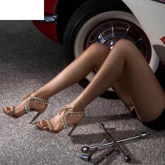 Vinapobo mujeres cristal flecos Glitter Lace up sandalias bomba 2018 tacones altos 9,5 CM sandalias señora Chic cubierta talón fiesta sexy zapatos-in Sandalias de mujer from zapatos    2