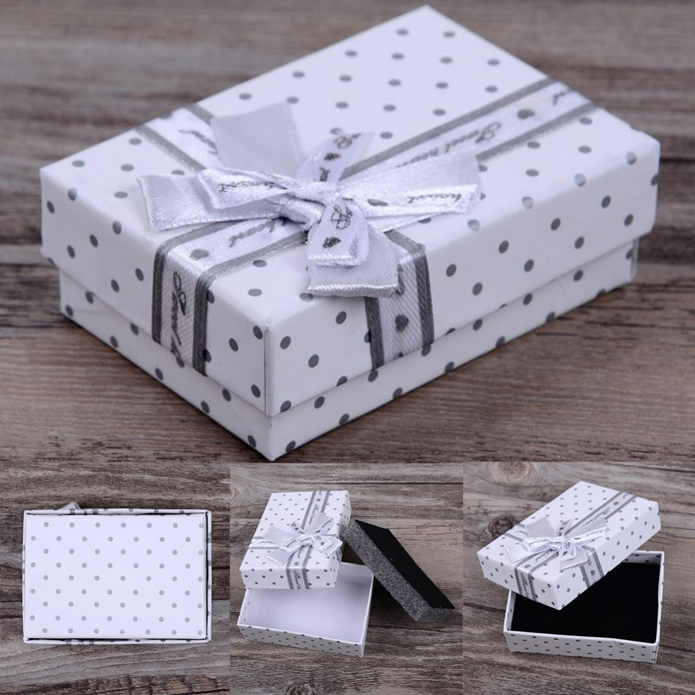 Wholesale 8*5.5cm Jewelry Box Dot Pattern Paper Storage Packing Gift Display Box for Pendant Ring Earrings Jewelry Box
