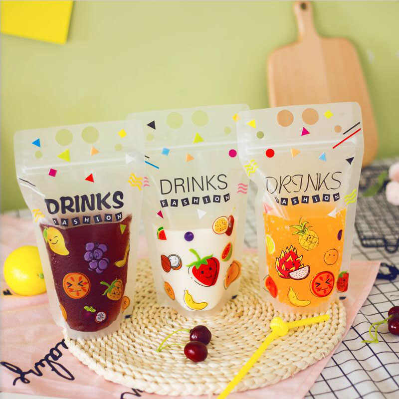 100 Pcs Cute Fruit Cartoon Colorful Plastic Drink Packaging Bag Pouch for Beverage Juice Milk Coffee,with Holes Handle 450ml