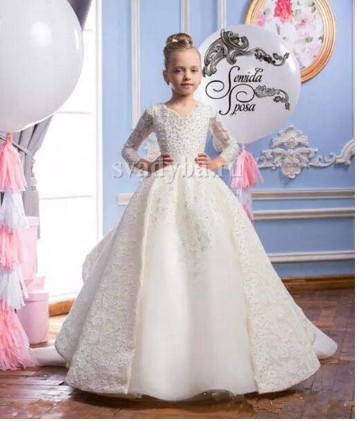 Vintage 2017 Formal Flower Girl Dress Pearls Lace Princess Birthday Party Gown Long Sleeves Bow High Quality Custom Made