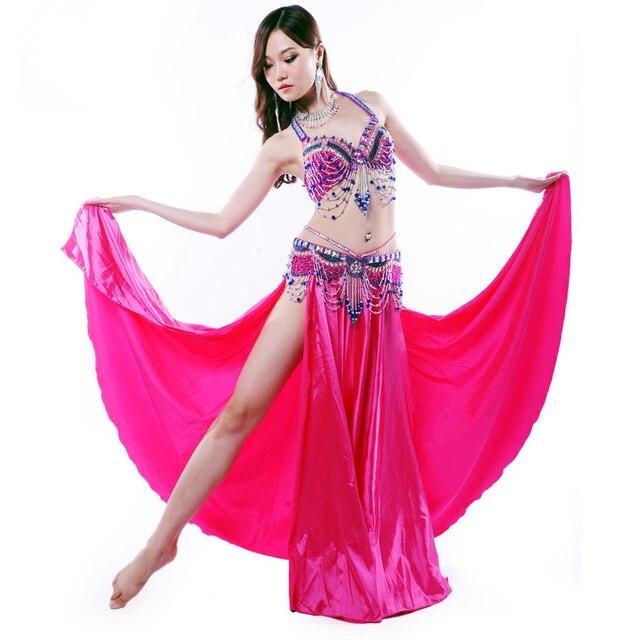 a9081f738b7 Performance 10 Couleurs Ventre Vêtements de Danse Danse Orientale Perles  Soutien-Gorge