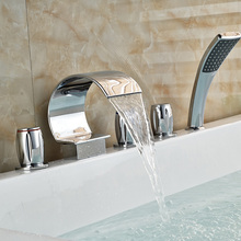 Luxury Deck Mounted Chrome Brass Bathtub Faucet 5pcs Mixer Tap W Handheld Shower