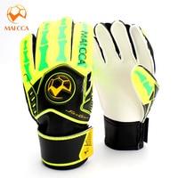 2016 Soccer Goalkeeper Gloves Kids Thick Latex Football Goalkeeper Gloves Professional Students Sport Protection Gloves For