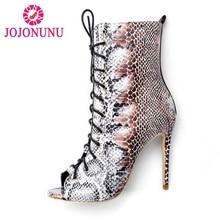 RAZAMAZA tamaño 34-43 mujeres botas de tacón alto Peep Toe Lace Up Thin  Heel Mujer Zapatos serpiente patrón Sexy botas partido c. 597b843a6a30
