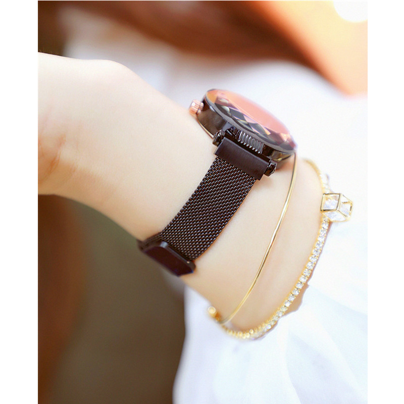 Ladies Quartz Watch High end Linked Watch Custom Brand New Fashion Hot Women 39 s Watch Magnet Belt Women 39 s Watch in Women 39 s Watches from Watches