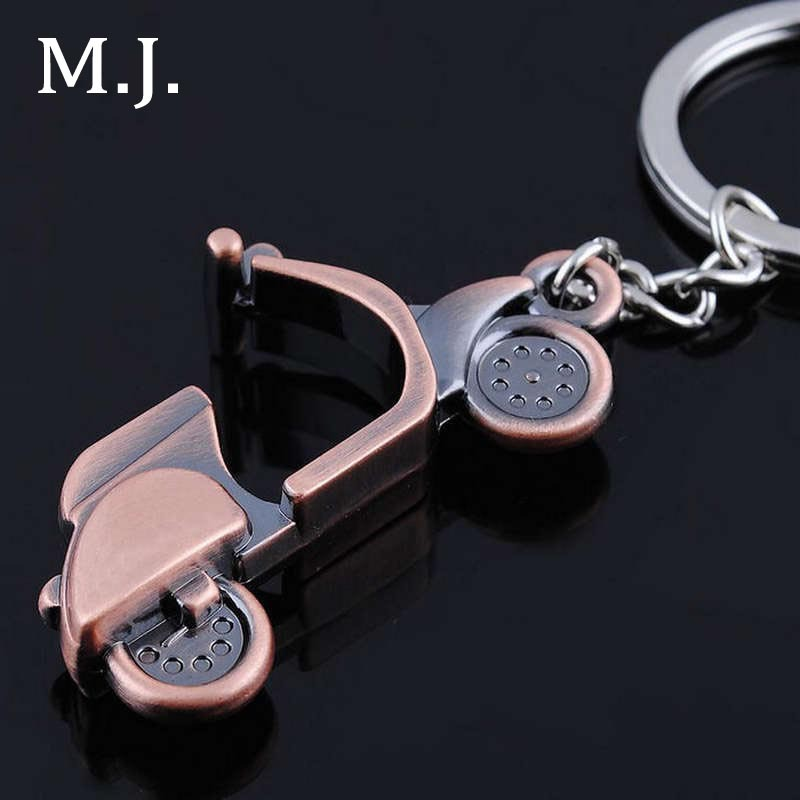 New Brand Vintage Motor Keychain Women Bag Key Chain Trinket Gold Men Key Ring Holder Male Car Accessorie Jewelry Gift Souvenirs