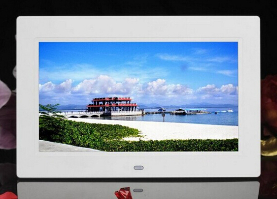 Promotion digital photo frame 7 inch,play video, play music with slide show with free shipping