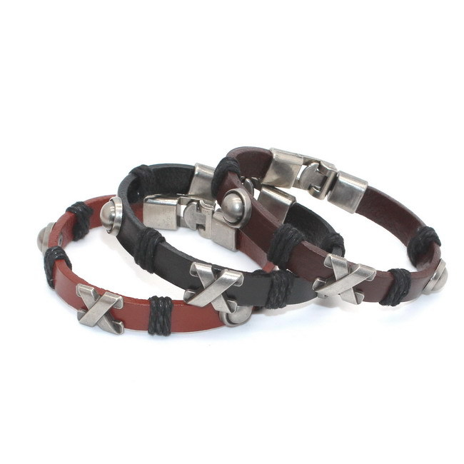 0acb15de9d8f Precio bajo nueva aleación pulsera de cuero Cruz Pulseras y brazaletes para  hombres mujeres unisex Brazaletes de puño ajustable regalos