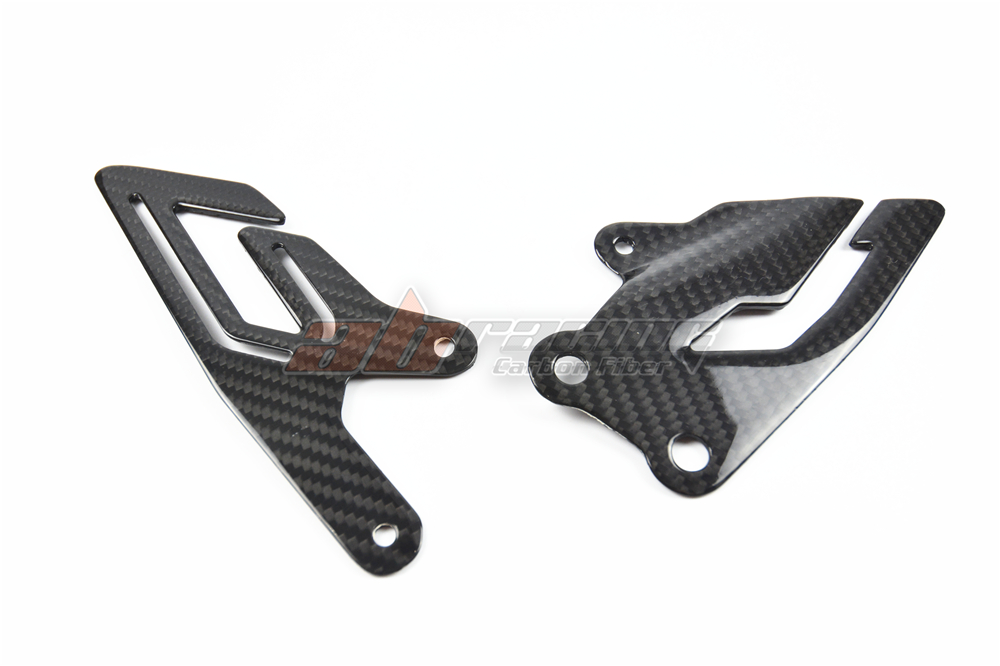 Heel Guard Plates For Yamaha R1 2015  Full Carbon Fiber, 100% Twill yandex w205 amg style carbon fiber rear spoiler for benz w205 c200 c250 c300 c350 4door 2015 2016 2017