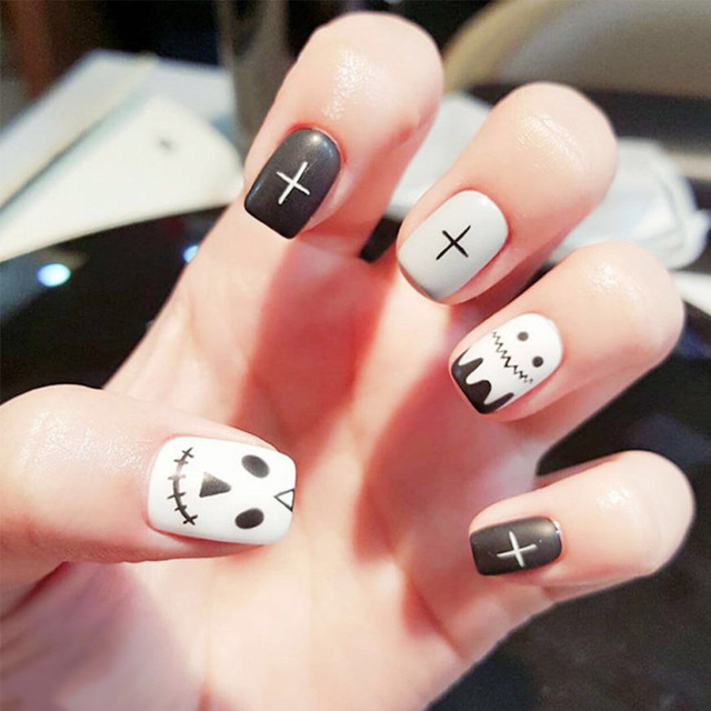 24pcs/Set Full Finished Black Grey False Nails Short Design Cartoon ...