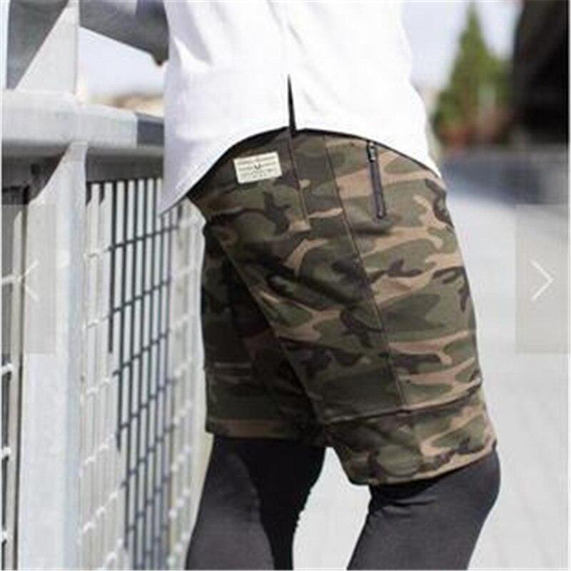 Pas cher Ventes 2017 D'été Nouvelle mode hommes de Shorts polyester militaire camouflage Hommes Shorts occasionnels solide couleur plage Livraison gratuite