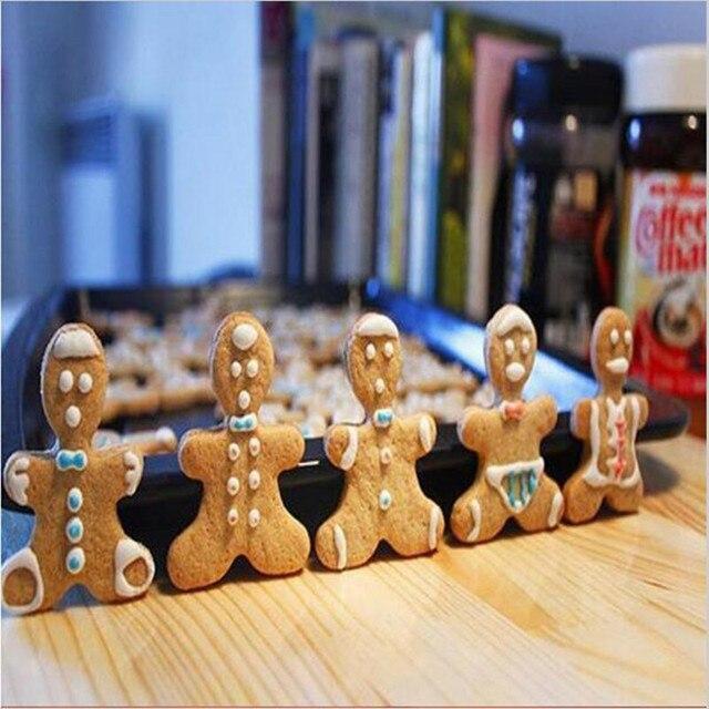 12 Pz/lotto Natale Cookie Cutter Strumenti Lega di Alluminio pan di Zenzero Uomo Forma Di Vacanza Muffa Del Biscotto della torta Che Decora Attrezzo Da Cucina