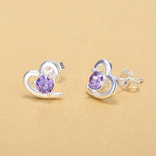 Элегантные серебряные серьги гвоздики с милым цирконием в форме
