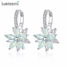 Купить с кэшбэком LUOTEEMI Fashion Cubic Zirconia Fancy Crystal Flower Stud Earrings for Women Girls Jewellery Valentine Day Gift Bohemia Bijoux