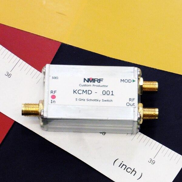 Commutateur électronique de micro-ondes de commutateur d'absorption de 2 ~ 6 GHz, modulateur d'impulsion ultra à grande vitesse
