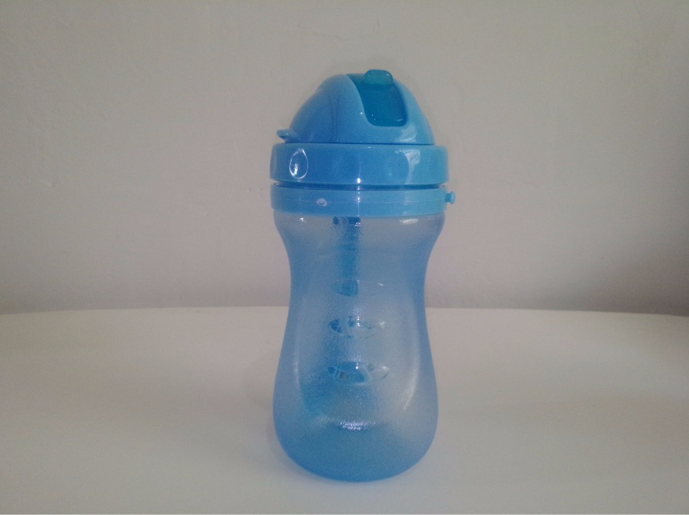 1PC Baby Feeding Straw water bottle Sippy Kids Children Drinking Water bottle Double Handle Trainer Baby Milk Bottle KM 3117