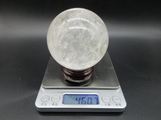 68mm Free Shipping Real Natural White Crystal Ball Clear Quartz Round Magic Ball Healing Reiki Decoration