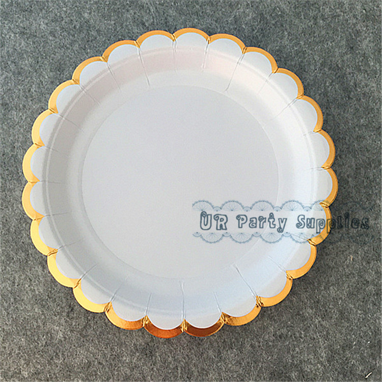 18cm Disposable Round Paper Plates Gold Stripe Party BBQ Buffet Value!