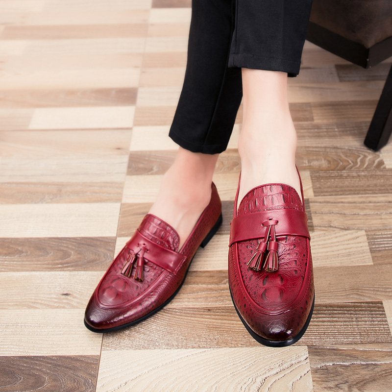 HTB12eMIaLb2gK0jSZK9q6yEgFXaD Summer Outdoor light soft Leather Men Shoes Loafers Slip On Comfortable Moccasins Flats Casual Boat Driving shoes size 38-47