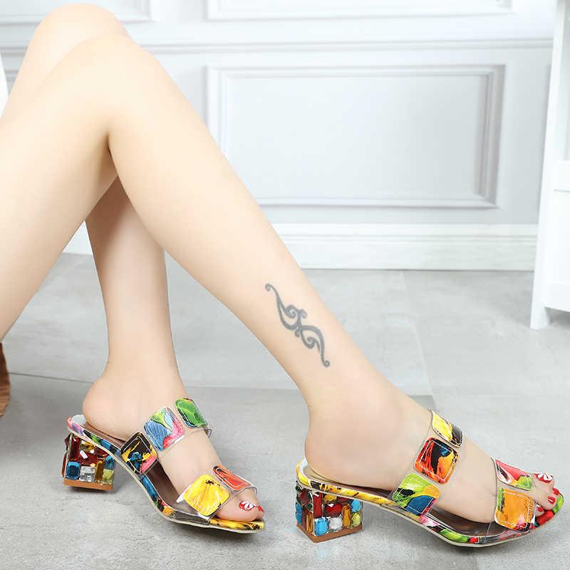 2019 ฤดูร้อนใหม่ผู้หญิงสีรองเท้าแตะแฟชั่นรองเท้าส้นสูงเปิดนิ้วเท้า Flip Flops สุภาพสตรีรองเท้าส้นสูงคริสตัลรองเท้าผู้หญิง XWT1893