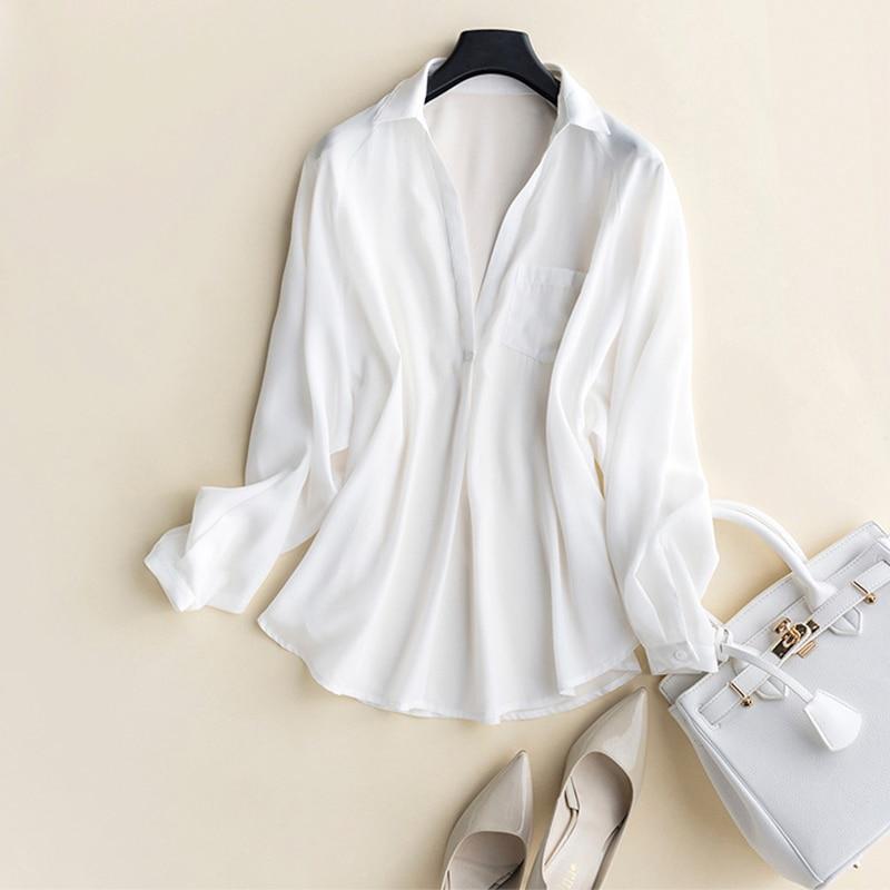 GUIYI Gola V Profundo Sexy Longas Mangas Soltas OL Camisa Das Senhoras 100% de Seda Das Mulheres Sólido Branco Conforto Temperamento T shirt
